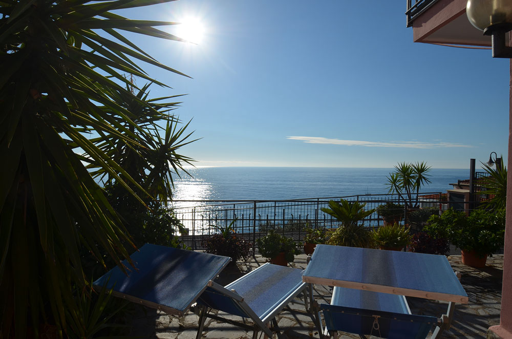 Appartamento vacanze in liguria casa del sole in piani di for Piccoli piani casa del sud del cottage